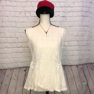 Jessica Simpson Ivory Lace Top